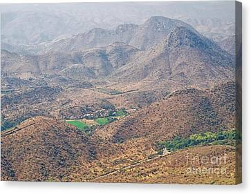 Canvas Print featuring the photograph Aeriel View Of Udaipur From Monsoon Palace by Yew Kwang