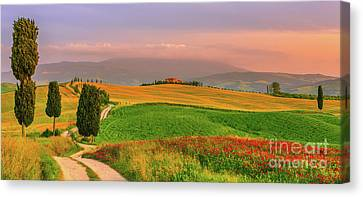 Agriturismo Podere Terrapille. Canvas Print by Henk Meijer Photography