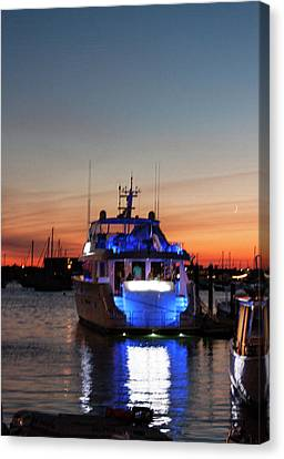 Canvas Print featuring the photograph An Evening In Newport Rhode Island by Suzanne Gaff