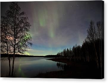 Aurora At The Lake Canvas Print