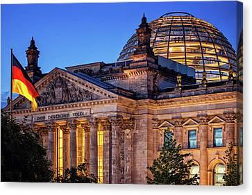Berlin - Reichstag Building Canvas Print by Alexander Voss