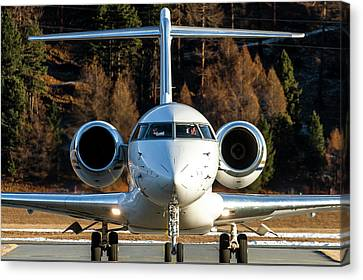 Bombardier Global Xrs D-arko Canvas Print by Roberto Chiartano