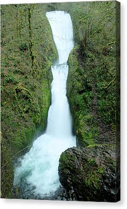 Canvas Print featuring the photograph Bridal Veil Falls by Jeff Swan