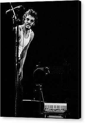 Canvas Print featuring the photograph Bruce Springsteen 1975 by Chris Walter