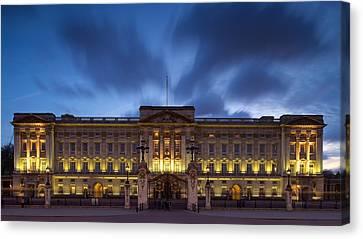 Buckingham Palace Canvas Print by Stephen Taylor