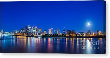 Canary Wharf 3 Canvas Print