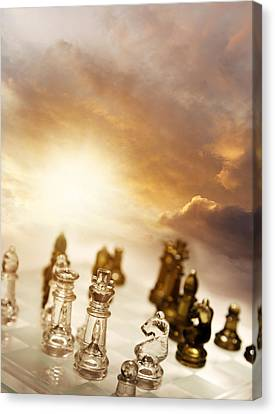 Chess Game Canvas Print by Les Cunliffe