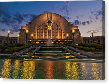 Cincinnati Museum Center At Twilight Canvas Print by Keith Allen