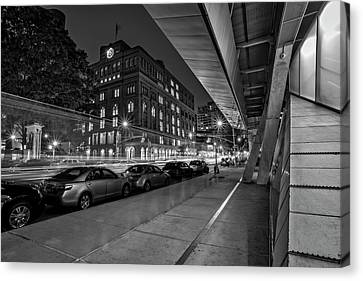 Canvas Print featuring the photograph Cooper Union Nyc by Susan Candelario