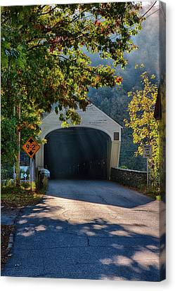Canvas Print featuring the photograph Cornish-windsor Covered Bridge by Jeff Folger