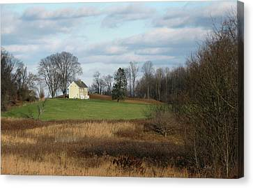 Country Comfort Canvas Print by Gordon Beck