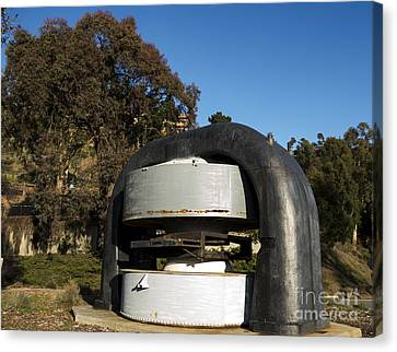 Cyclotron Magnet At Lawrence Hall Of Science Canvas Print by David Oppenheimer