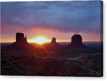 Daybreak Canvas Print by Gordon Beck