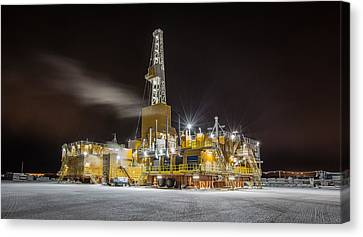Doyon Drilling Rig 142 Alaska Canvas Print by Sam Amato