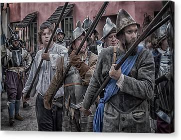 Drakes Raid Of St Augustine Fl Pikes Canvas Print
