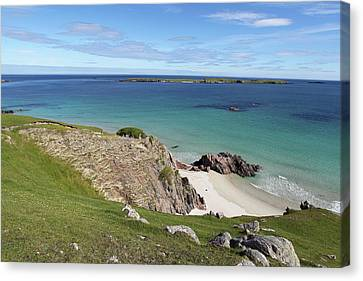 Canvas Print featuring the photograph Durness - Scotland by Pat Speirs