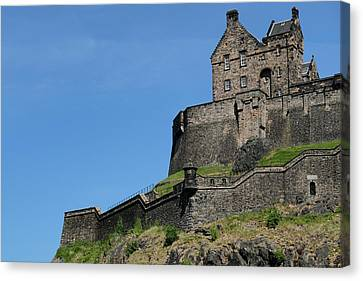 Canvas Print featuring the photograph Edinburgh Castle by Jeremy Lavender Photography