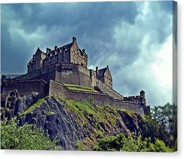 Edinburgh Castle Scotland. Canvas Print by Amanda Finan