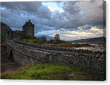 Eilean Donan Castle In The Morning Light Canvas Print by Jim Dohms