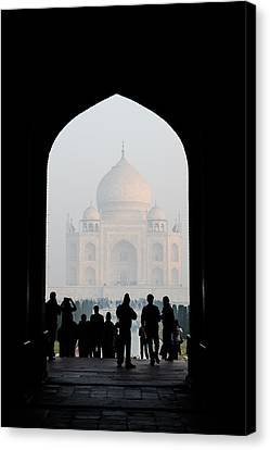 Entrance To The Taj Mahal Canvas Print