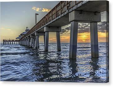 Fort Myers Beach Fishing Pier Canvas Print