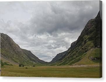 Canvas Print featuring the photograph Glencoe Pass  by David Grant