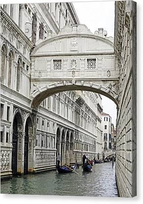 Gondolas Going Under The Bridge Of Sighs In Venice Italy Canvas Print