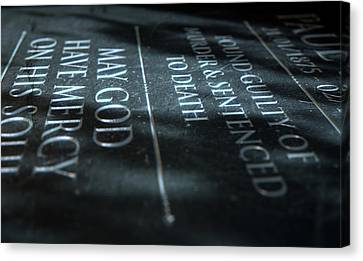Gravestone Of Convicted Murderer Canvas Print