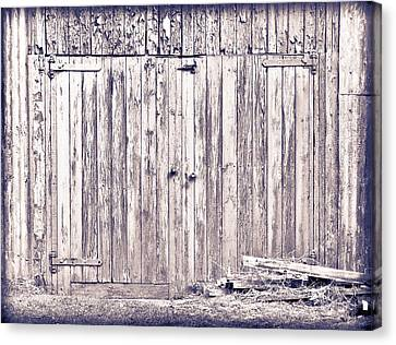 Green Barn Door Canvas Print by Tom Gowanlock
