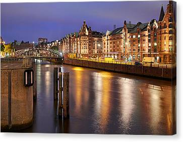 Canvas Print - Hamburg Speicherstadt by Marc Huebner