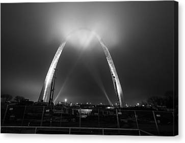 Jefferson Expansion Memorial Gateway Arch Canvas Print by Matthew Chapman