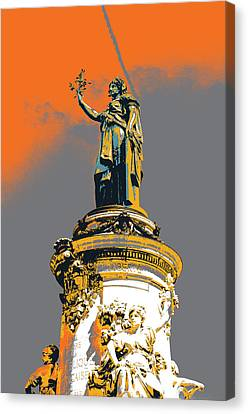 La Republique Monument Canvas Print by Shay Culligan