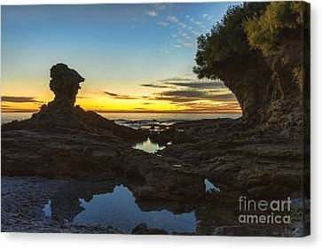 Laguna Beach At Dusk Canvas Print by Eddie Yerkish