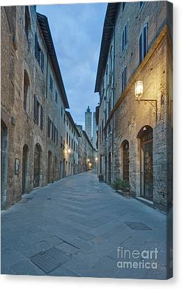 Medieval Street Canvas Print by Rob Tilley