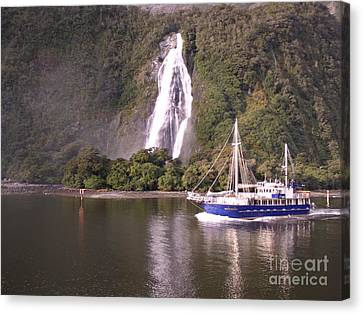 Canvas Print - Milford Sound by Joyce Woodhouse