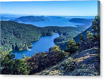 Mountain Lake Canvas Print by William Wyckoff