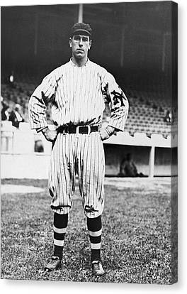 Ny Giants' Fred Snodgrass Canvas Print by Underwood Archives