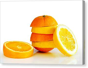 Oranje Lemon Canvas Print by Carlos Caetano