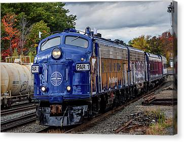 Pan Am Business Train At Gardner Canvas Print by Randy Dyer