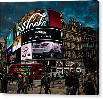 Piccadilly Circus Canvas Print by Martin Newman