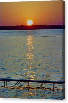 Quite Pier Sunset Canvas Print