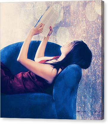 Reading Canvas Print by Joana Kruse