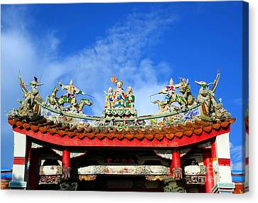 Canvas Print featuring the photograph Richly Decorated Chinese Temple Roof by Yali Shi