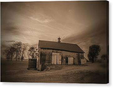 Rusty Ole Barn Canvas Print by Randall Branham