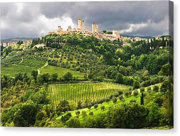Medieval Canvas Print - San Gimignano Tuscany Italy by Carl Amoth