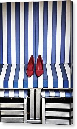 Shoes In A Beach Chair Canvas Print by Joana Kruse