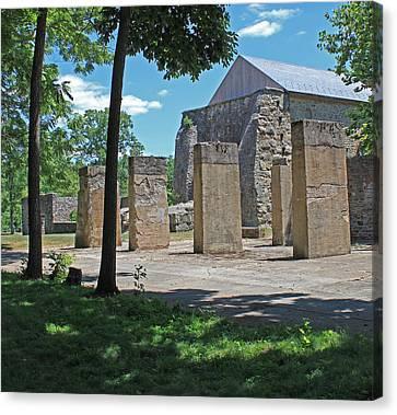 Stonehenge At Lockridge Canvas Print by Robert Sander