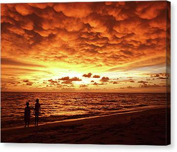 Canvas Print featuring the photograph Sunset Before The Storm by Melanie Moraga