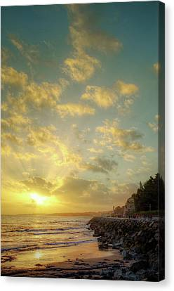 Sunset In The Coast Canvas Print by Carlos Caetano