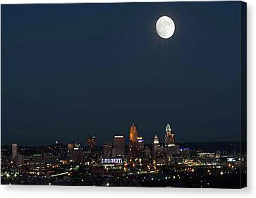 Super Moon Cincinnati 2016 Canvas Print by Randall Branham